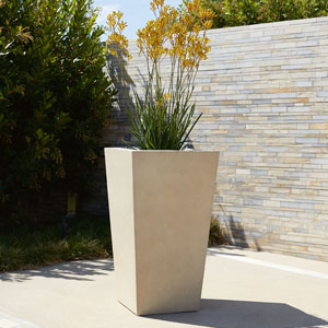 Chamfered Planter